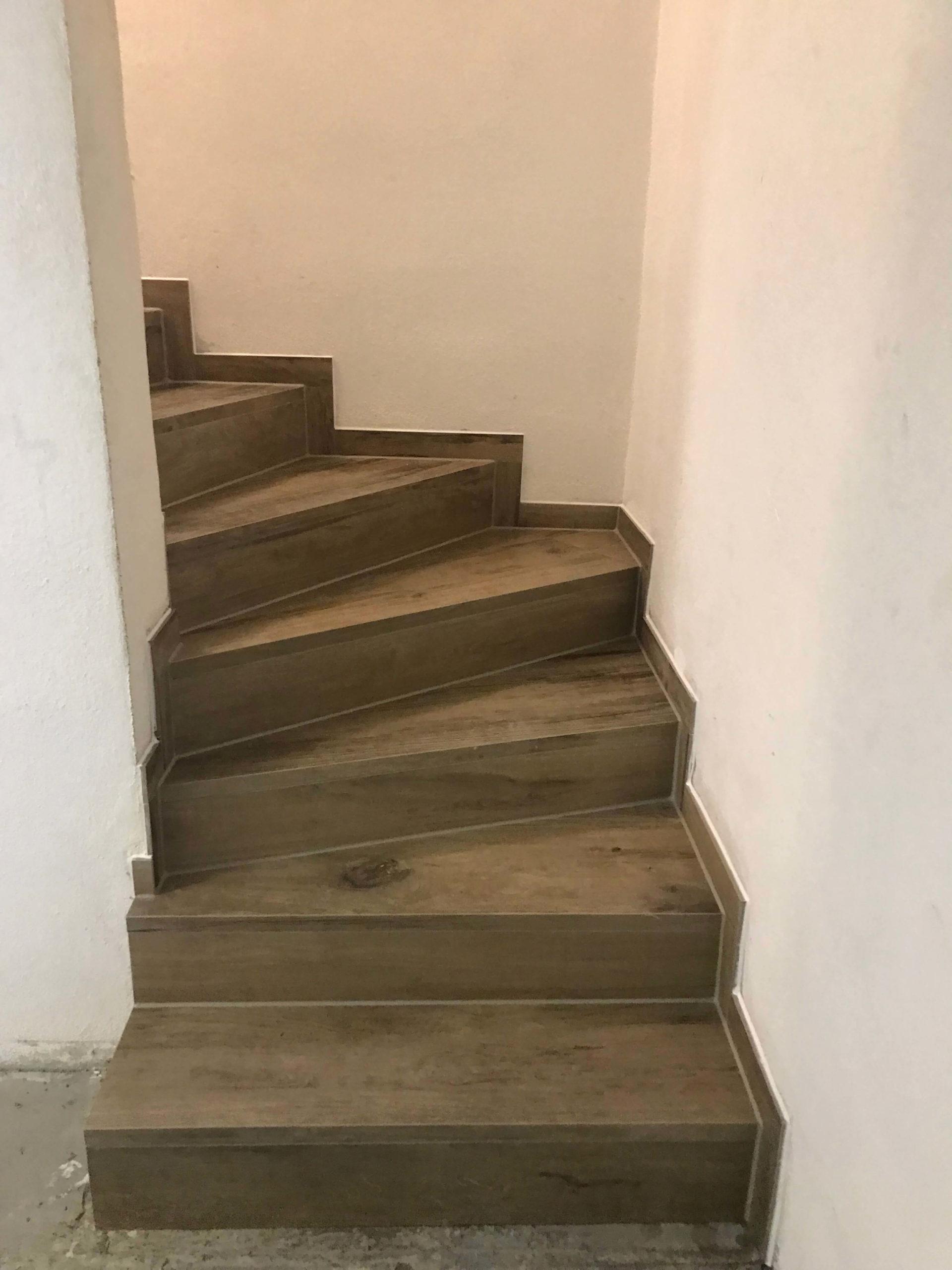 Fliesen Blesch Treppen fliesen im Haus und Außenbereich